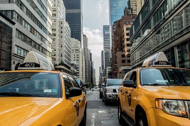 Custom_campaign_image_taxi-cab-381233_640